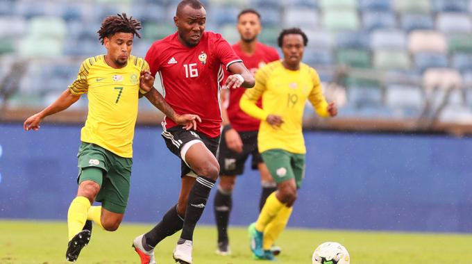 المنتخب الوطني لكرة القدم يعسكر بتونس استعدادا لمواجهة نيجيريا