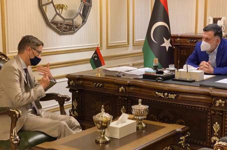 السراج يستقبل السفير الألماني ويبحث معه العلاقات الثنائية والأوضاع في ليبيا