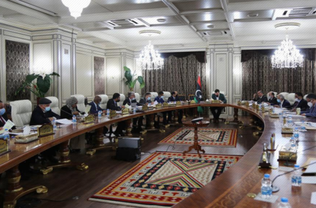 مجلس الوزراء بحكومة الوفاق يحيل نفقات صيانة محطات الكهرباء لوزارة المالية