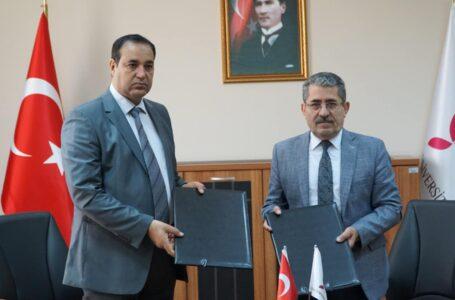 جامعتا مصراتة ويالوفا التركية توقعان اتفاقية للتعاون المشترك في المجال الأكاديمي والتدريبي
