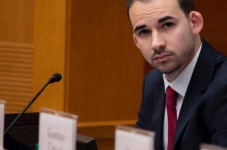 نائب إيطالي: إيريني تتابع عمليات تهريب النفط الليبي عبر المتوسط