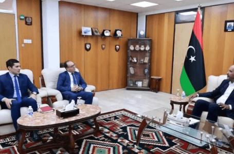 الكوني والسفير التونسي يتشاركان ضرورة استمرار التعاون بين البلدين