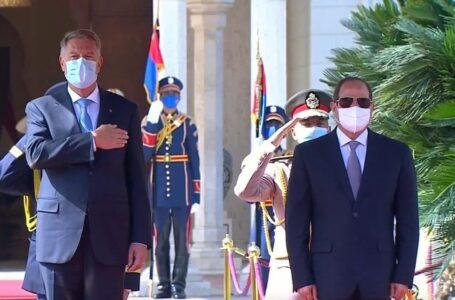 مصر ورومانيا تشددان على إخراج المرتزقة من ليبيا وإجراء الانتخابات