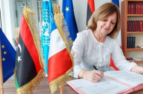 السفارة الفرنسية تتعهد بتسهيل منح التأشيرات لليبيين